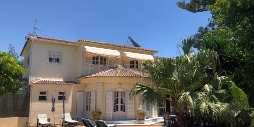 CHARMING VILLA IN TORRE DEL MAR