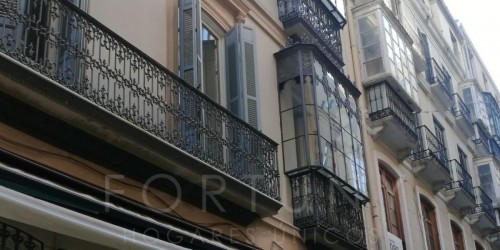 2 BEDROOM APARTMENT -  HISTORICAL CENTRE - CALLE BOLSA